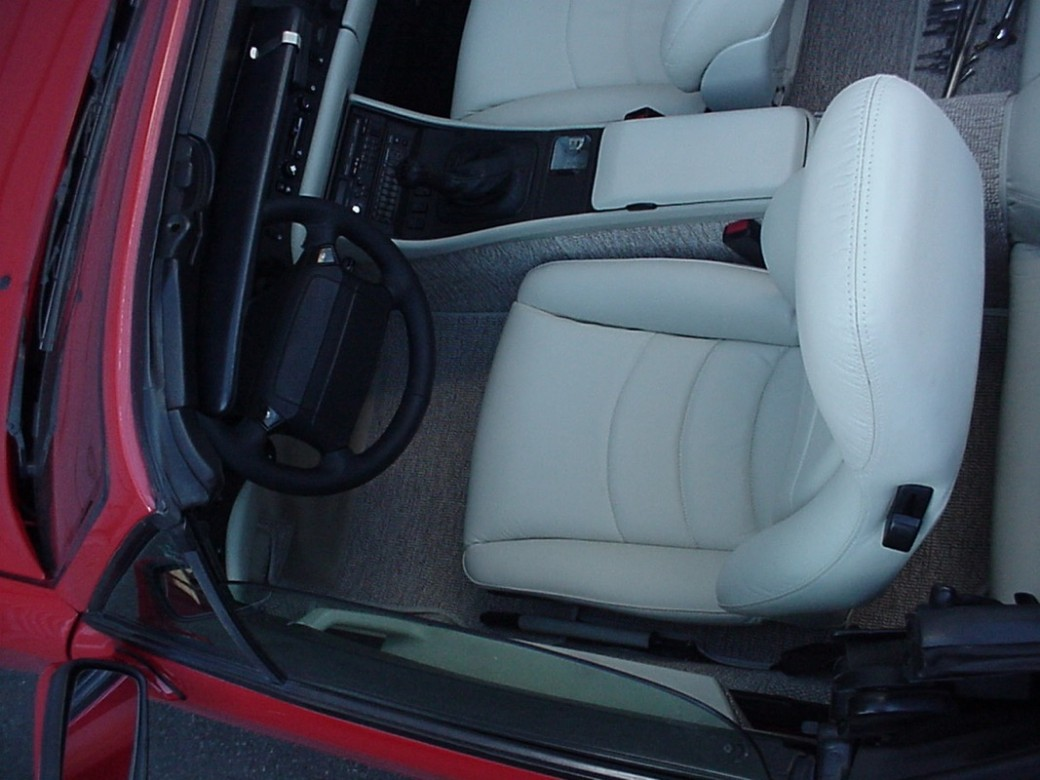 Upholstery for Porsche 924 / 944 / 968 | Heritage Upholstery & Trim